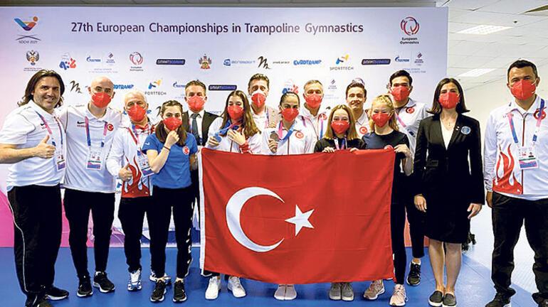 Son dakika Dünya bu 2 Türk kızını konuşuyor: Büyük gurur