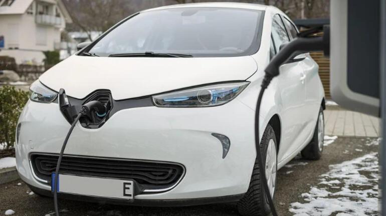 Elektrikli otomobilin bataryası ne kadar gider İşte cevabı...